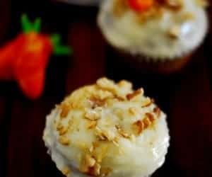 Moist Carrot Cupcake With Cream Cheese Frosting