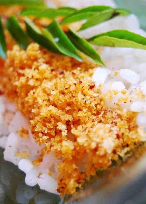 Unakka/Onakka Chemmeen Chammanthi (Dried Shrimp Chutney)