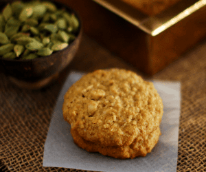 Coconut Oatmeal Cashew Cookies