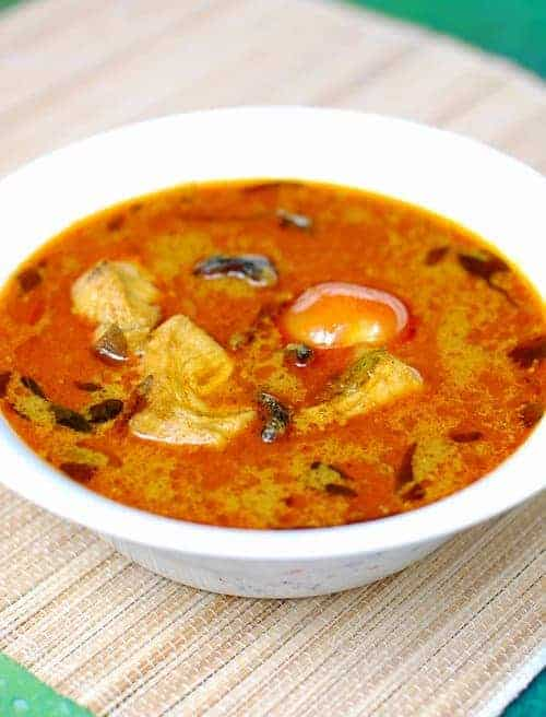 Varutharacha Meen Curry (Fish in Roasted Coconut Gravy)