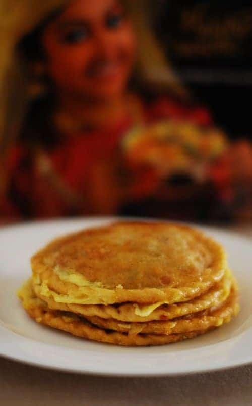 Erachi Pathiri (Fried Rotis Stuffed With Chicken Masala)