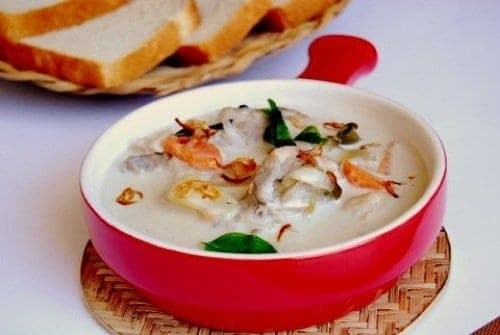 Kerala chicken stew recipe for christmas xmas for Appam and chicken stew kerala cuisine