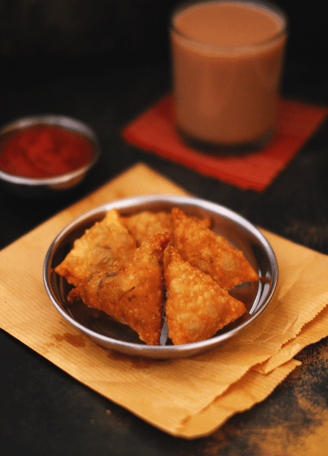 Kerala chicken samosa recipe with step by step pictures kerala chicken samosa forumfinder Image collections