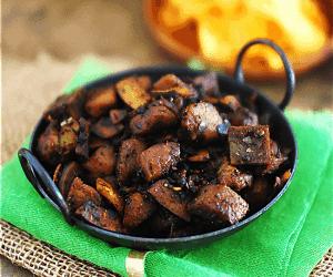 Kerala Style Nadan Pork Fry / Ularthiyathu