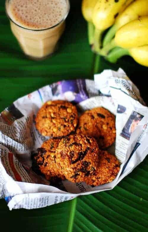Parippu Vada (Lentil/Dal Fritters)
