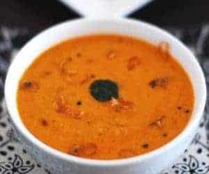 Red Coconut Chutney for Idli and Dosa