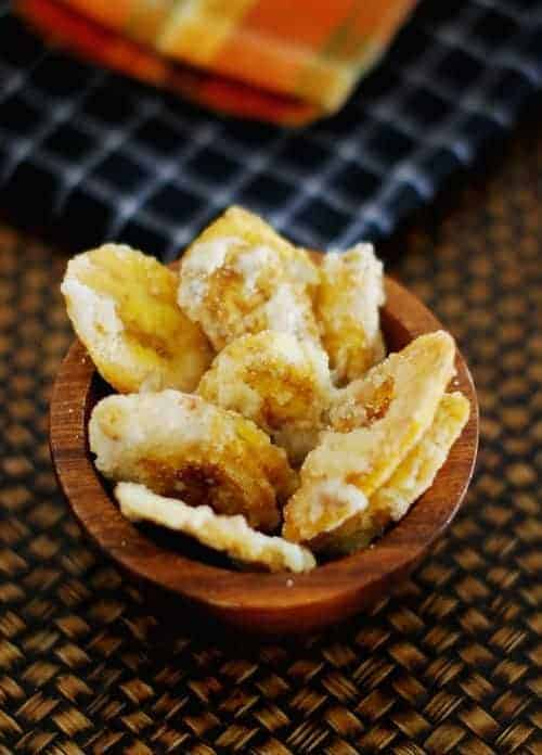 Panchasara Varatti (Banana Chips Coated with Cardamom Flavoured Sugar Syrup)